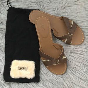 UGG Australia Flat Brown Sandals Size 7